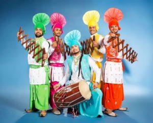 dansgroep india mannen